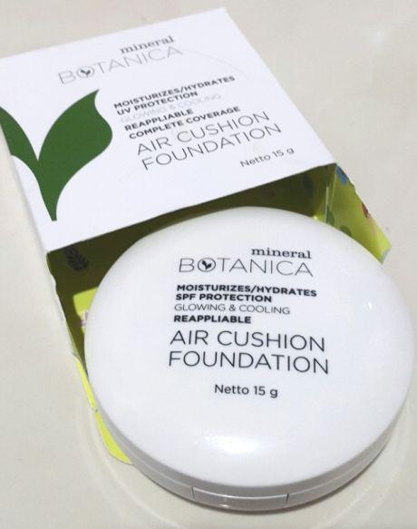 Mineral Botanica. Air Cushion Foundation