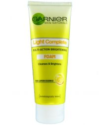 Garnier Light Complete Multi-Action Brightening Foam