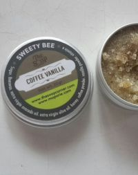 The Soap Corner Lip Exfoliator - Sweety Bee Coffee vanila