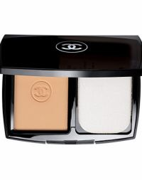 Chanel Mat Lumiere Perfection 20 Beige