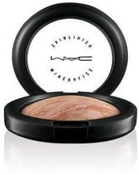 MAC Mineralized Skinfinish Soft and Gentle