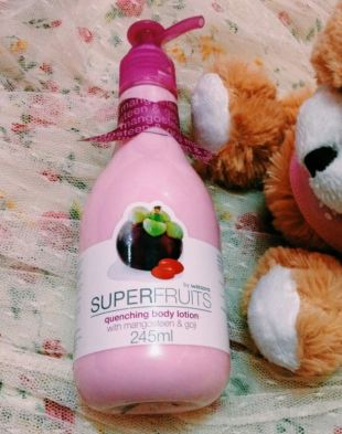 Watsons Superfruits Quenching Body Lotion Mangosteen and goji berry