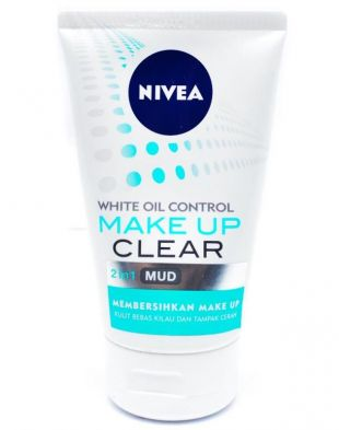 NIVEA Make Up Clear White Oil Control 2 in 1 Mud