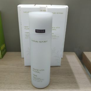 Nature Republic White Vita Floral Exfoliating Toner