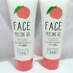 Daiso Face Peeling Gel Peach