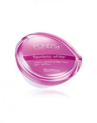 Pond's Flawless White Visible Lightening Day Cream SPF 18/PA++